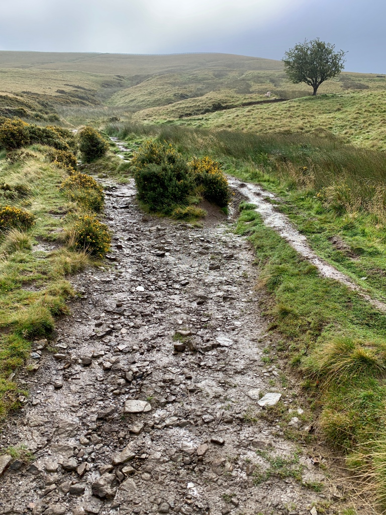 Trail leading up towards Mam Tor
